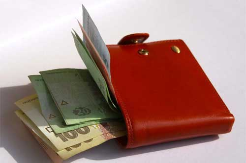 На Пирятинщині дільничний розкрив крадіжку грошей