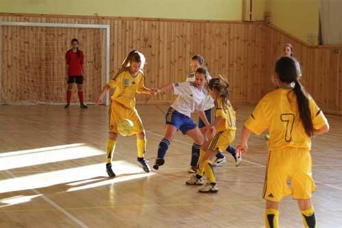 Чемпіонат України з футзалу серед дівочих команд 2002-03 р.н.: Гребінка приймала гостей